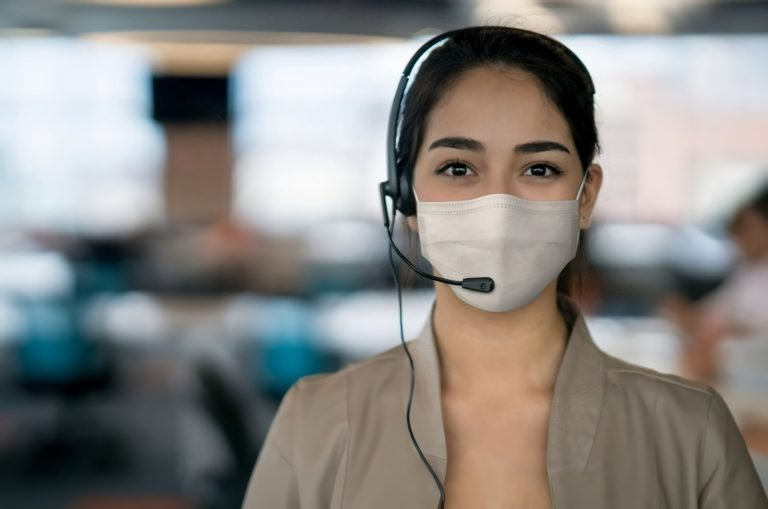 sales agent wearing mask